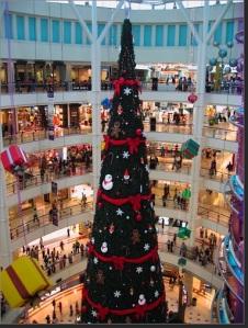 suria christmas tree
