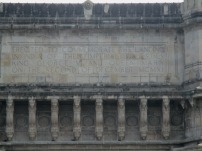 Inscription on the Gateway to India